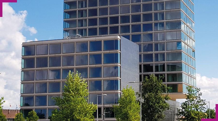 acrylic-one-amsterdam-olympic-hotel-elementy-fasady