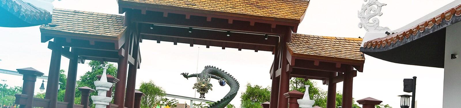 Acrylic-one-Asia-Park-Wietnam_portfolio_stopka